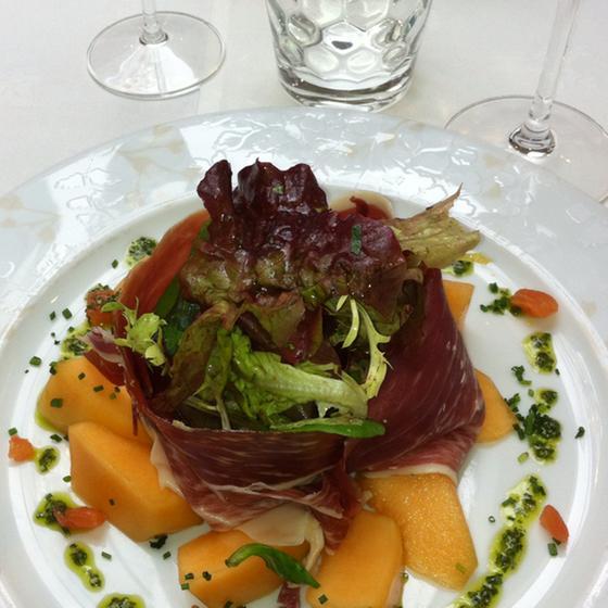 Le relais de sillery sillery a michelin guide restaurant - Jardin des crayeres menu ...