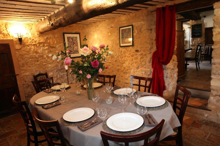 Mas de la bonoty pernes les fontaines restaurant uit for Restaurant le beaucet