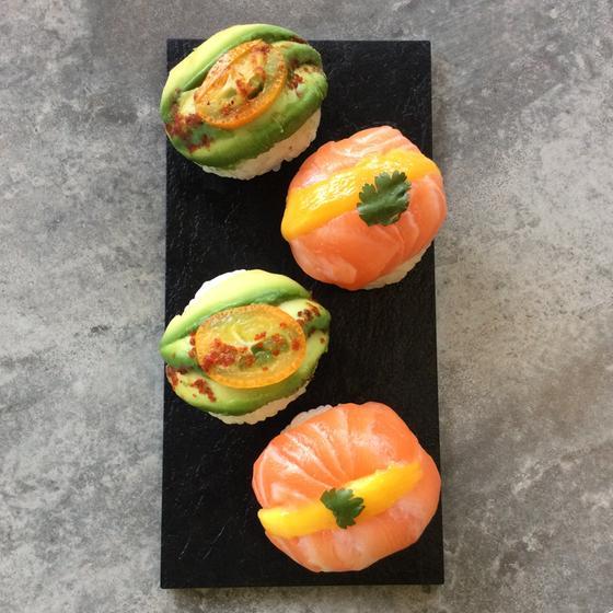 sushi ato bio restaurant cuisine moderne cr ative 64100 bayonne michelin restaurants. Black Bedroom Furniture Sets. Home Design Ideas