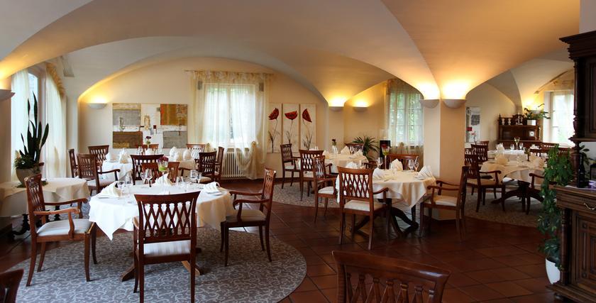 Restaurant Paris  S Ef Bf Bdgur