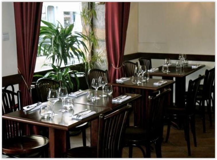 Danton lyon 03 restaurant uit de michelin gids for Extra cuisine lyon
