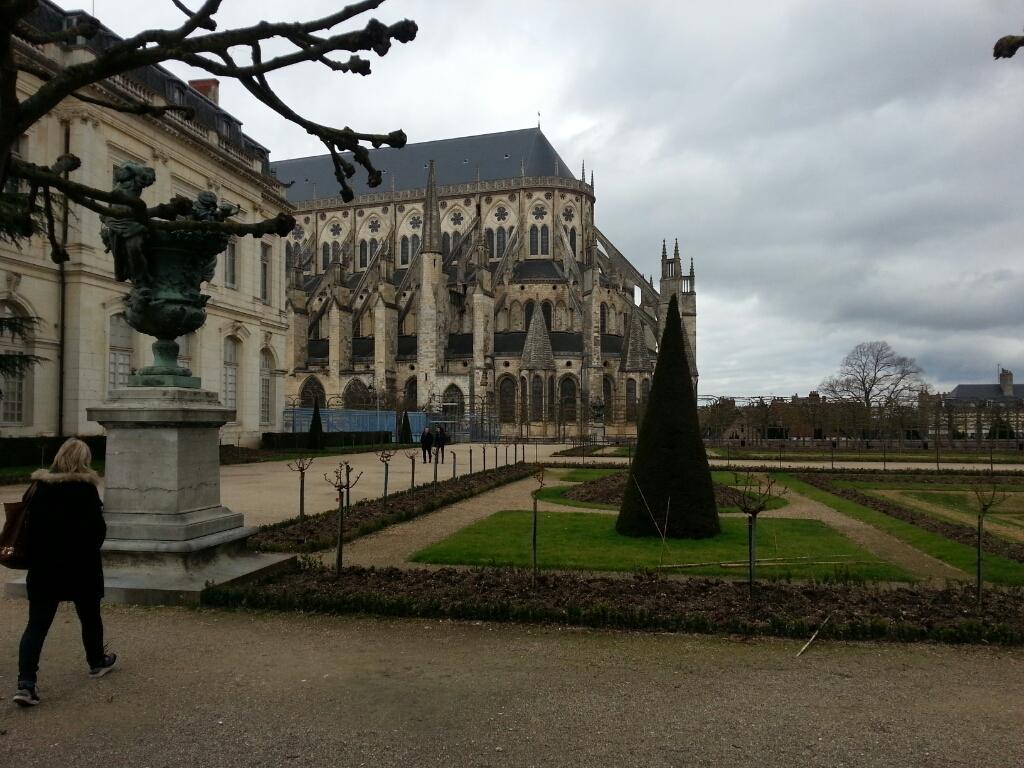 Hotel Inn Design Resto Novo Bourges - Bourges