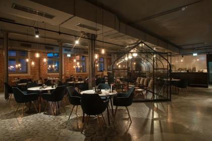 Falco restaurant 2 sterne michelin in 04105 leipzig for Industriedesign dresden