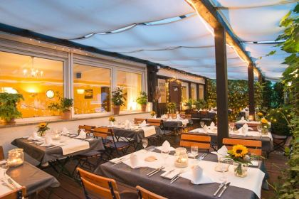 40 59 restaurants in bonn michelin restaurants. Black Bedroom Furniture Sets. Home Design Ideas
