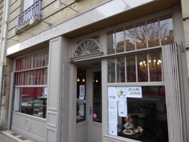 Sazanka restaurant japonais 75016 paris michelin - Restaurant japonais table tournante paris ...