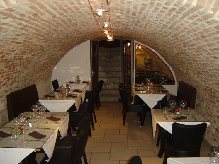 parcours restaurant gastronomique 71100 chalon sur sa ne michelin restaurants. Black Bedroom Furniture Sets. Home Design Ideas