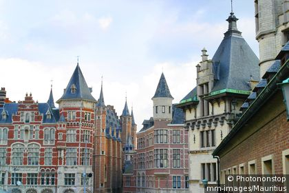 Architecture of Antwerp houses