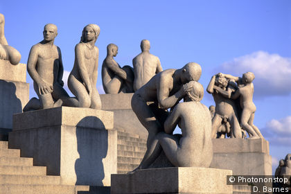 Statues of men and women lining a flight of steps, Vigeland, Oslo