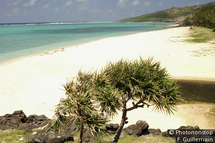 St François beach on Île Rodrigues