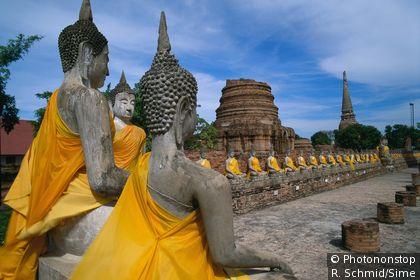 Le Wat Yai Chai Mongkhon à Ayuthaya