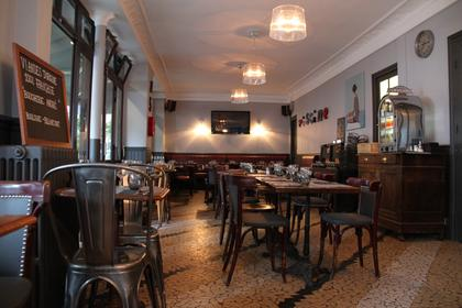 Bistrots brasseries bars vin 92100 boulogne for Piscine 92100