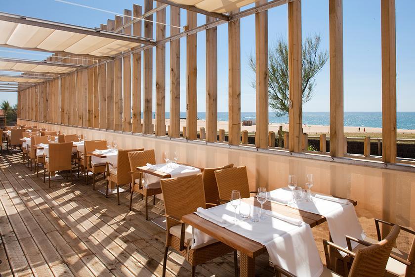 jean des sables un restaurant du guide michelin 40150