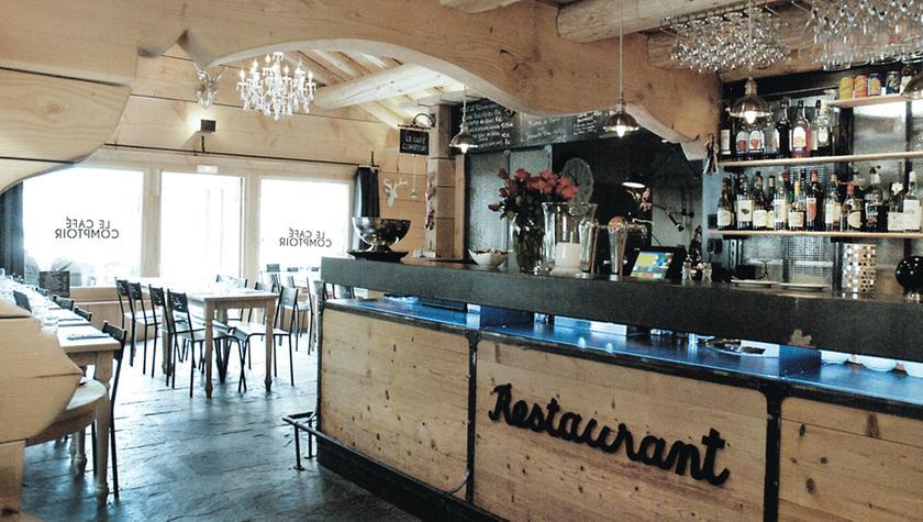 Le caf comptoir bistrot 74660 vallorcine michelin - La cuisine du comptoir ...