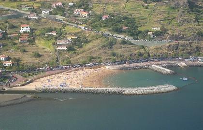 Vue de la plage de Machico