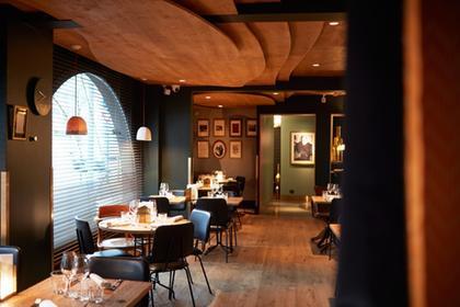 La cachette restaurant 1 toile michelin 26000 valence for Restaurant valence france