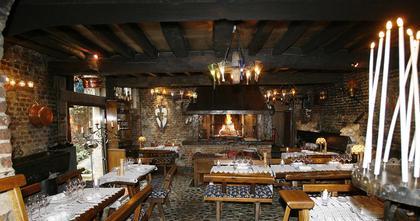 restaurants 59300 valenciennes michelin restaurants. Black Bedroom Furniture Sets. Home Design Ideas