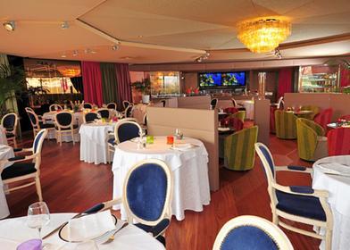 restaurants 17100 saintes michelin restaurants. Black Bedroom Furniture Sets. Home Design Ideas