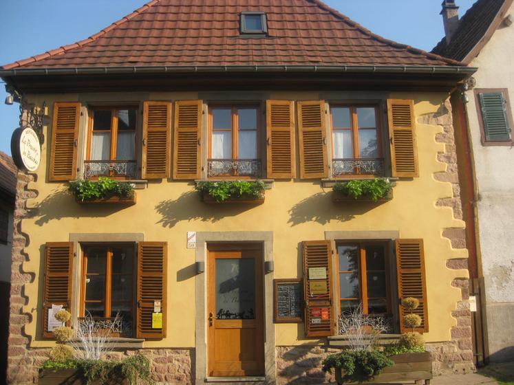 Le pressoir de bacchus un restaurant du guide michelin for Le pressoir restaurant