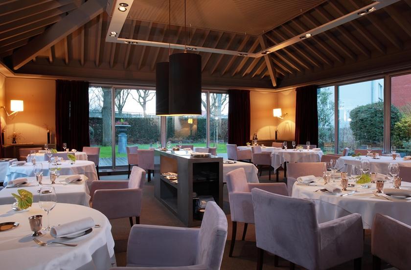 La laiterie restaurant 1 toile michelin 59130 lambersart for Restaurant avec jardin 92