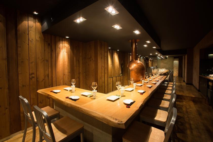 Bon kushikatsu un restaurant du guide michelin 75011 paris - Restaurant japonais table tournante paris ...