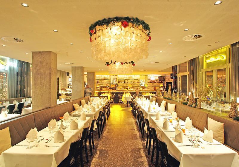 consilium restaurant caf bar deutsches restaurant 50667 k ln altstadt nord michelin. Black Bedroom Furniture Sets. Home Design Ideas