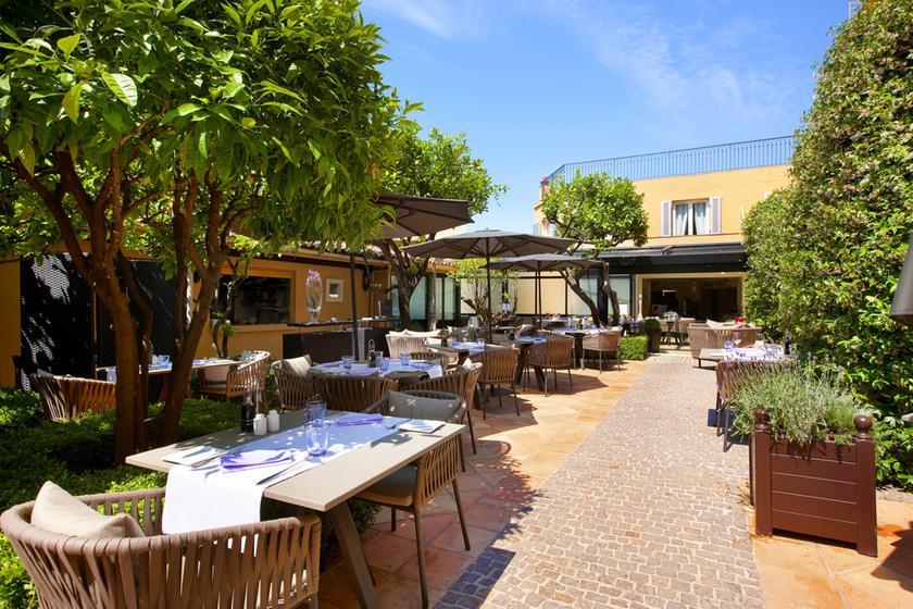 Le patio restaurant proven al 06300 nice michelin restaurants - Le patio restaurant montreuil sur mer ...