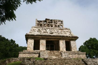 Temple du soleil du groupe de la croix