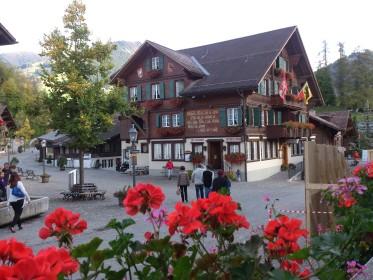Gstaad - an der Promenade