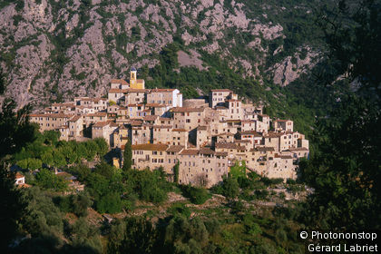 Peillon, vue générale du village