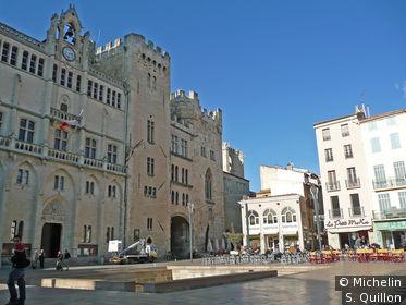La place de l'Hôtel de ville
