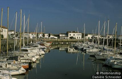 Ile de Ré, port de plaisance d'Ars en Ré
