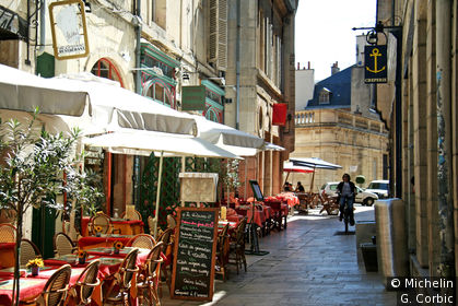 Rue Amiral Roussin