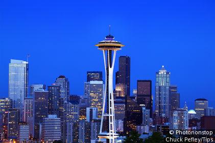 USA, Washington, Seattle, Skyline with Space Needle