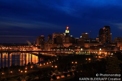 City skyline of St. Paul, Minnesota, USA