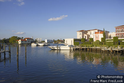 Houses in Venetian Bay, Naples, Florida, USA
