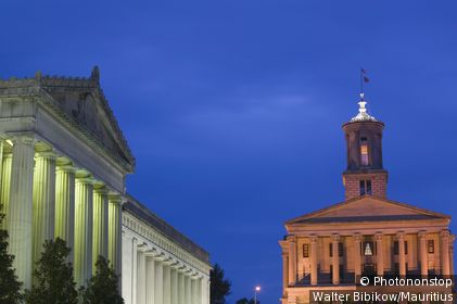 usa, Tennessee, Nashville, Capitol, 'Memorial auditorium', buildings, close-up, evening-mood