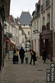La Grande Rue est une rue commerçante