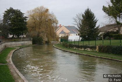 L'Indre passe au pied de la cité médiévale