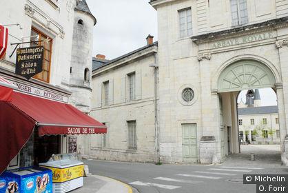 Fontevraud-l'Abbaye
