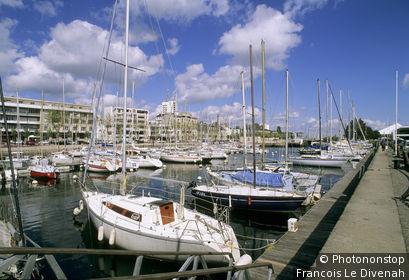 56. Lorient, quai des Indes