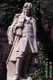 Statue de Jean Racine