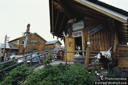 Log huts on Homer, Homer Spit, Kachemak Bay, Kenai Peninsula, Alaska, USA