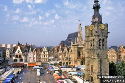 59, ville de Béthune, Grand' Place, jour de marché