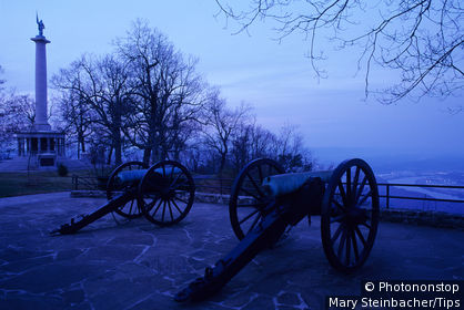 Tennessee, Chattanooga, civil War cannons sit at Lookout Mountain Point Park, dusk