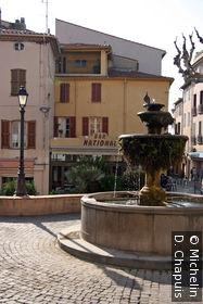 Fontaine dans la vieille ville