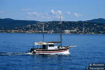 Chalutier dans le golfe de Saint-Tropez