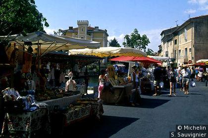 L'Isle-sur-la-Sorgue : marché