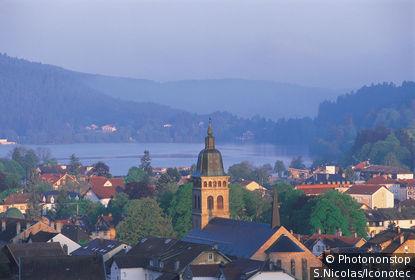 France, Vosges, (88), Lorraine, Gérardmer et son lac.
