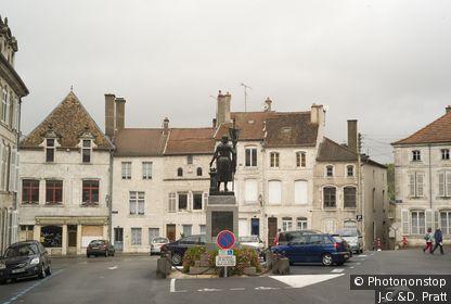 88. Neufchateau, Place Jeanne d'Arc