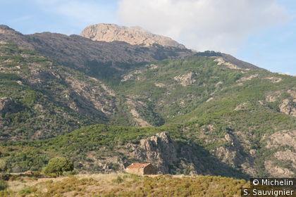 Le col de la croix au dessus de Girolata